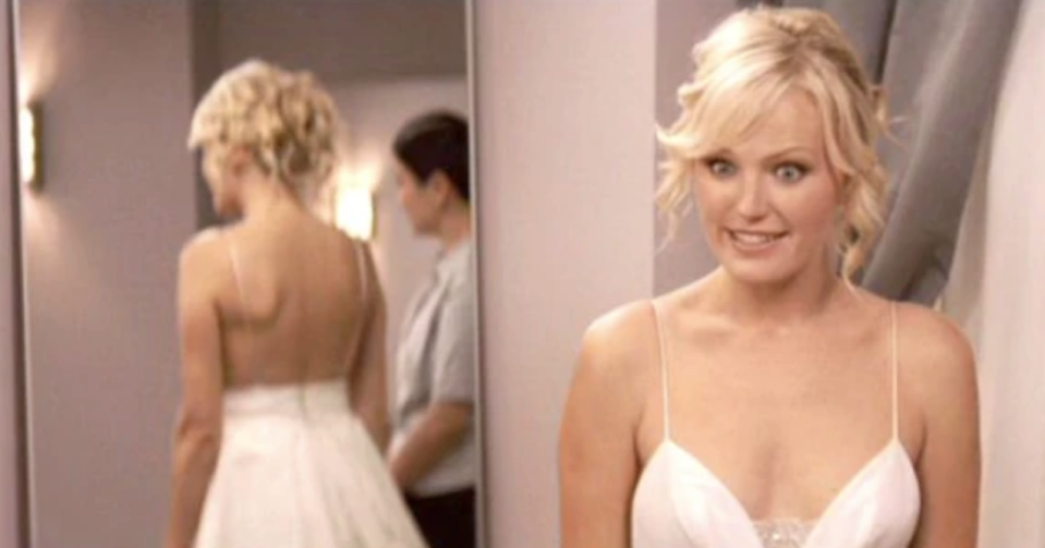 <p>Remember this horrific scene where Jane realized her selfish younger sister cut up their late mother's wedding dress?! Awful. But is it bad that I was super distracted by her new dress the whole time? Don't @ me...</p>