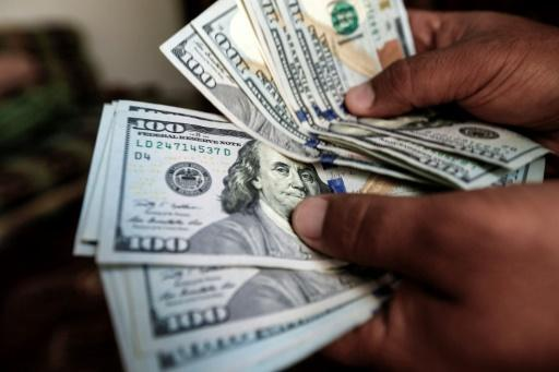 <p>Sudden loss of wealth in mid-life may boost death risk</p>