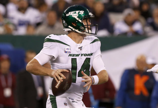 """<a class=""""link rapid-noclick-resp"""" href=""""/nfl/players/30973/"""" data-ylk=""""slk:Sam Darnold"""">Sam Darnold</a> had never thrown an interception against the blitz prior to Monday's game. (Photo by Jim McIsaac/Getty Images)"""