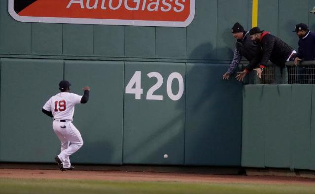 Red Sox center fielder Jackie Bradley Jr. had a moment to forget Saturday, turning a Denard Span single into an inside-the-park home run with his misplay. (AP)