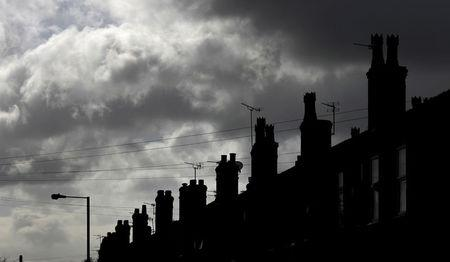 United Kingdom property asking prices drop 0.9% since June