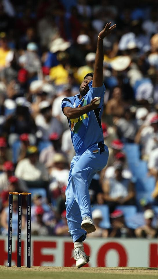 CENTURION - FEBRUARY 15:  Javagal Srinath of India bowling during the ICC Cricket World Cup 2003, Pool A match between Australia and India held on February 15, 2003 at SuperSport Park in Centurion, South Africa.  Australia won by 9 wickets.  (Photo by Hamish Blair/Getty Images)