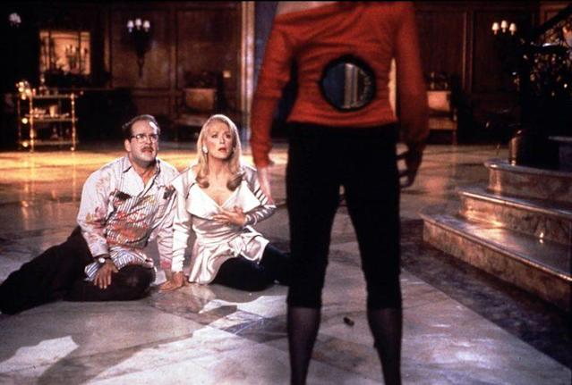 Bruce Willis and Meryl Streep gawk at Goldie Hawn's bullet wound in <em>Death Becomes Her</em>. (Photo: Mary Evans/Ronald Grant/Everett Collection)