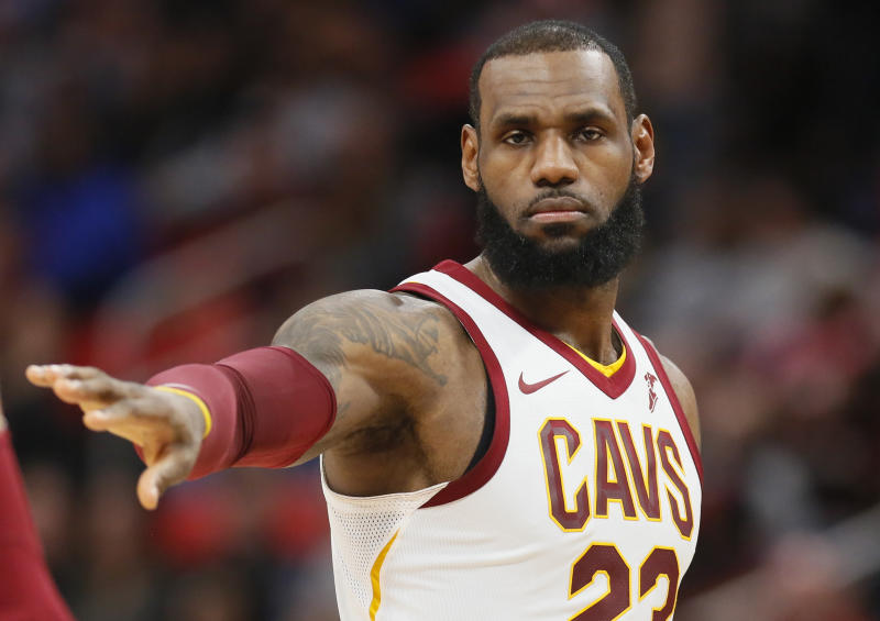 LeBron James won't waive his no-trade clause