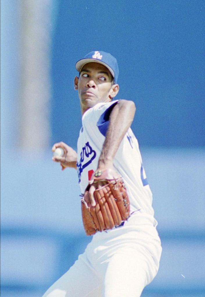 Dodgers starting pitcher Ramon Martinez delivers against the San Diego Padres on Sept. 29, 1996.