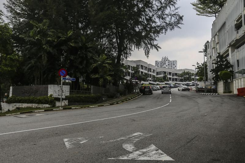 Bangsar residents claimed that the change in classifying NIH land from 'institutional land' in the Draft KLCP 2020 to 'mixed development' in the gazetted KLCP 2020 justified their fears of over-development in KL. — Picture by Hari Anggara