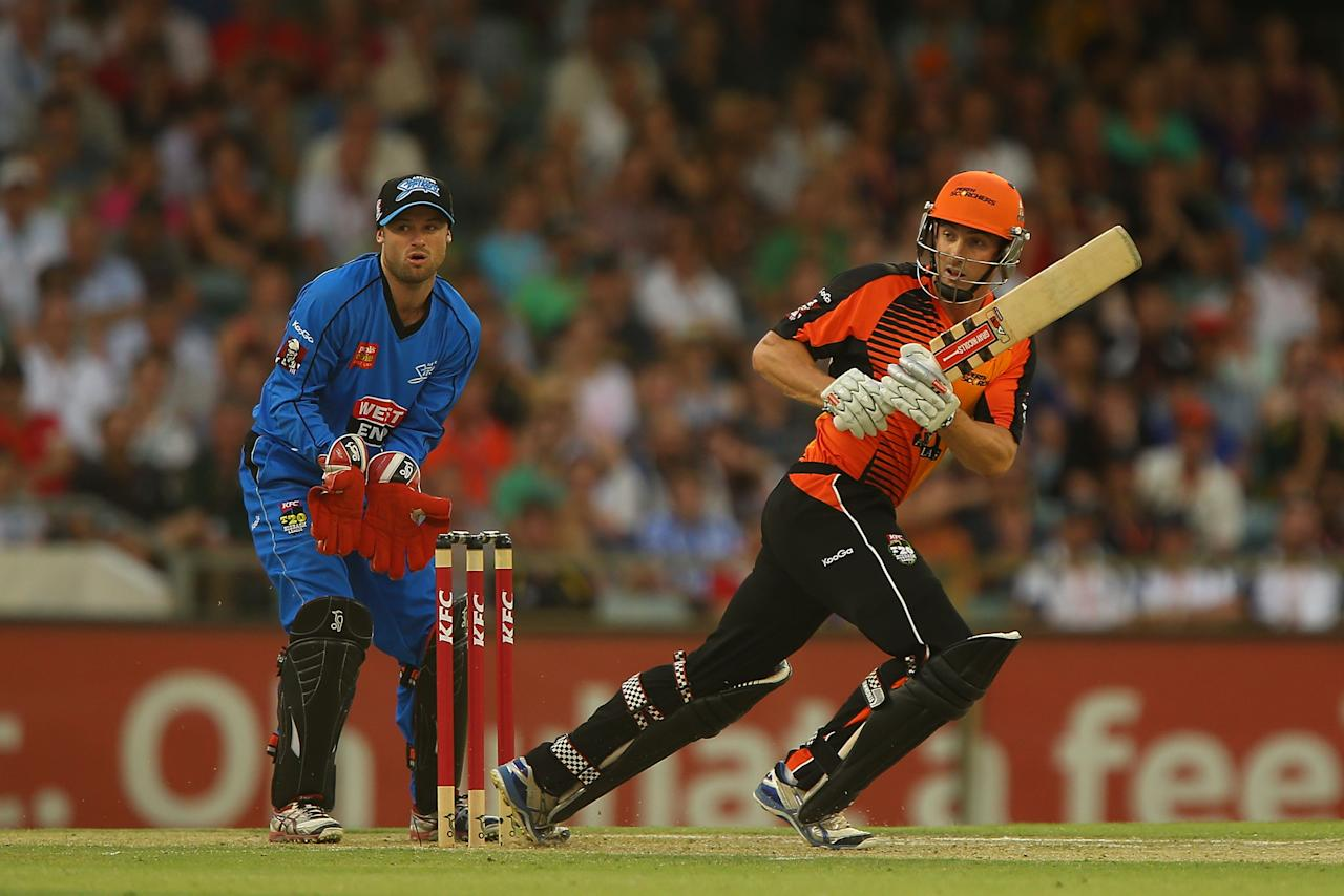 PERTH, AUSTRALIA - DECEMBER 09:  Shaun Marsh of the Scorchers bats during the Big Bash League match between the Perth Scorchers and Adelaide Strikers at WACA on December 9, 2012 in Perth, Australia.  (Photo by Paul Kane/Getty Images)