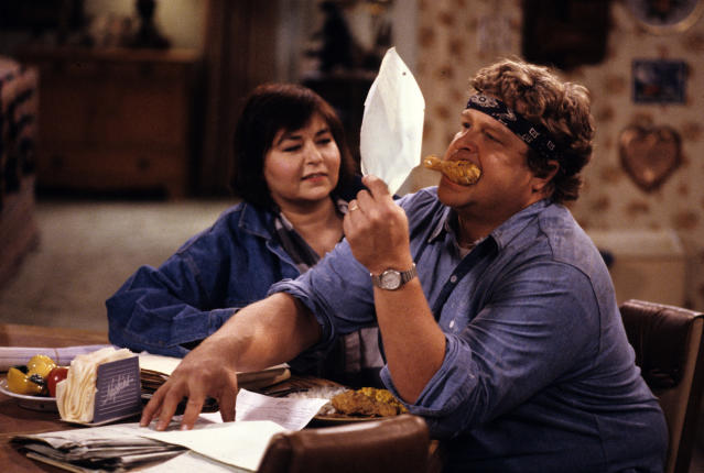 Roseanne Barr and John Goodman in the original <em>Roseanne</em>. (Photo: Getty Images)