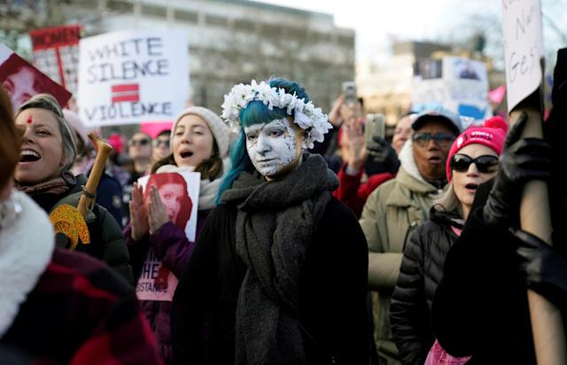 <p>People participate in the Second Annual Women's March in Philadelphia, Pa., Jan. 20, 2018. (Photo: Jessica Kourkounis/Reuters) </p>