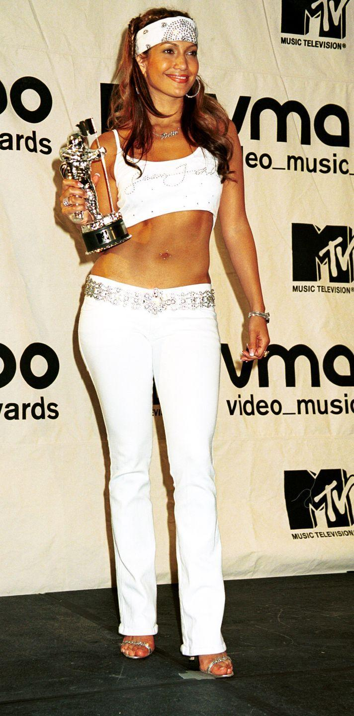 <p>A memorable crop top, jeans and bandana look from J-Lo.</p>