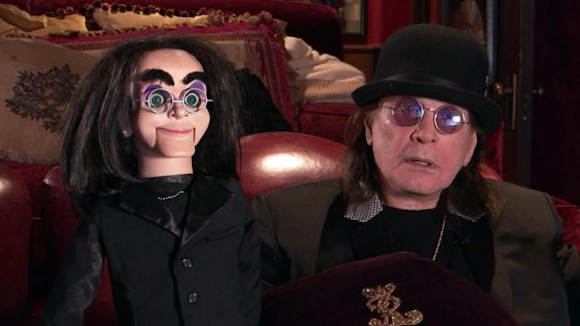 Ozzy Osbourne e sua marionete. (Photo by FOX via Getty Images)