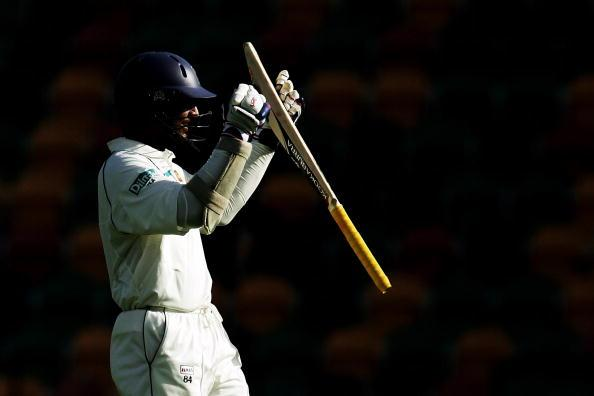 HOBART, AUSTRALIA - NOVEMBER 19:  Kumar Sangakkara of Sri Lanka celebrates scoring a century during day four of the Second test match between Australia and Sri Lanka at Bellerive Oval on November 19, 2007 in Hobart, Australia.  (Photo by Quinn Rooney/Getty Images)