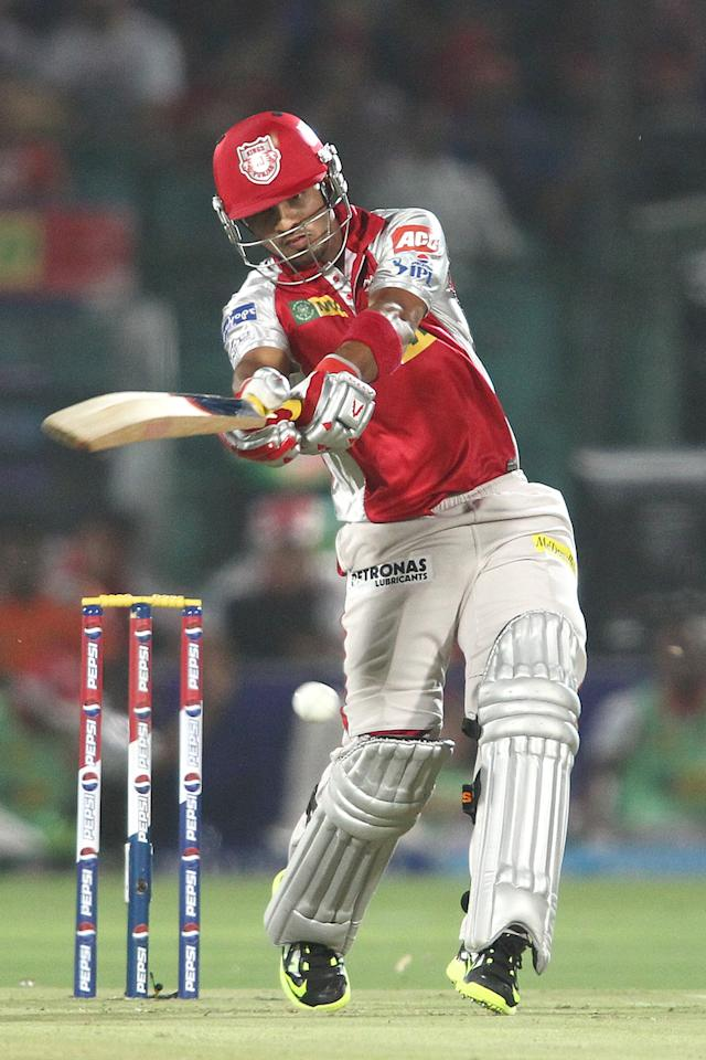 Mandeep Singh of the Kings XI Punjab pulls a delivery during match 18 of the Pepsi Indian Premier League (IPL) 2013 between The Rajasthan Royals and the Kings Xi Punjab held at the Sawai Mansingh Stadium in Jaipur on the 14th April 2013. (BCCI)