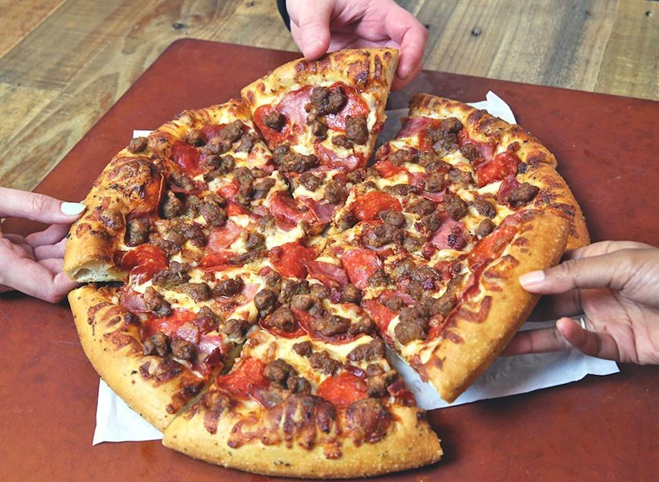 Pizza hut meat lovers pizza