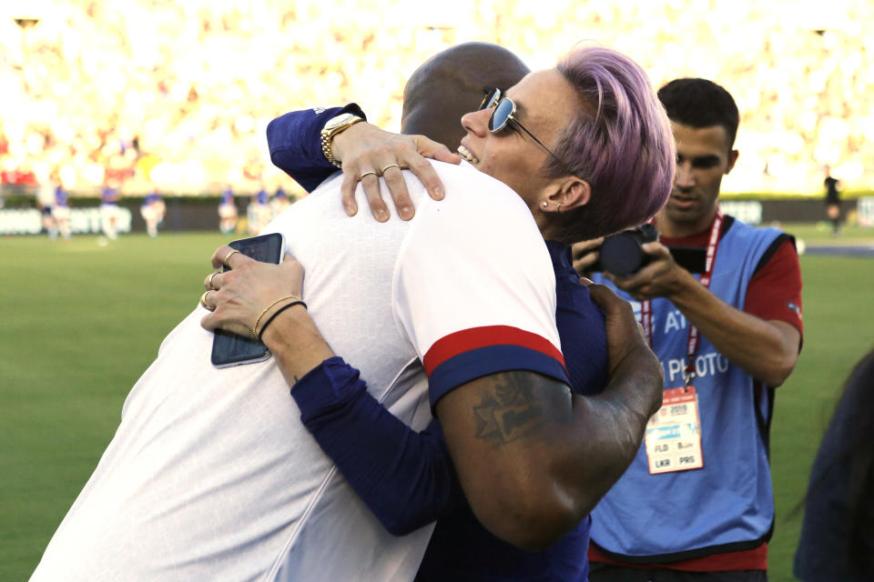 Megan Rapinoe and the USWNT were among those that Kobe Bryant actively supported in the world game. (Photo by Katharine Lotze/Getty Images)