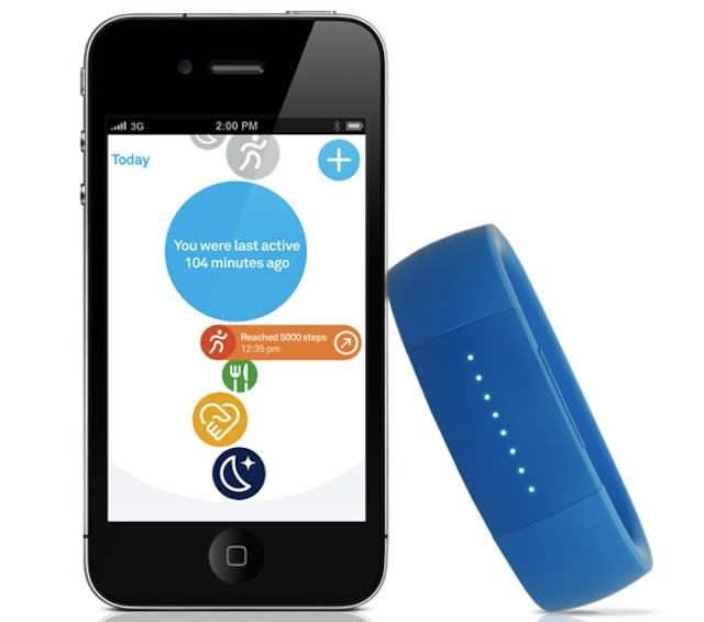 This Wristband Knows When You're Eating, Running and Sleeping
