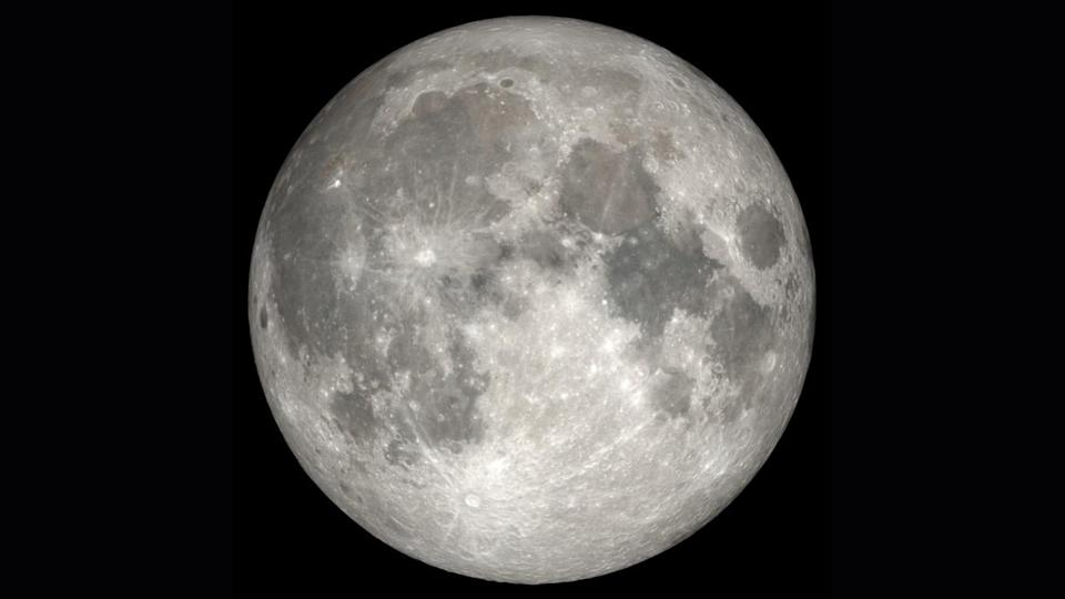 Can't sleep? The moon may be the culprit, new study shows