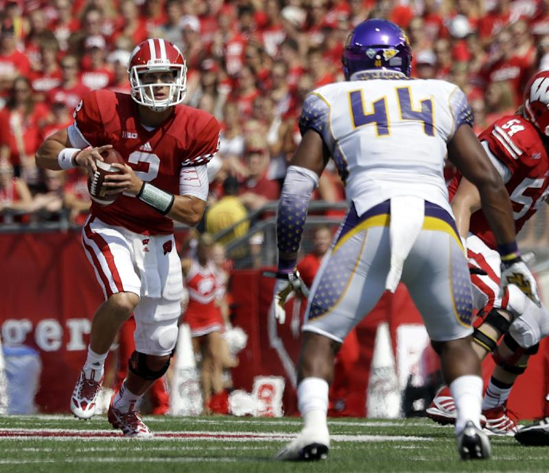 No. 21 Wisconsin shuts down Tennessee Tech 48-0
