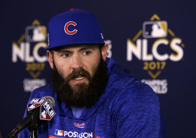 "Would <a class=""link rapid-noclick-resp"" href=""/mlb/players/8623/"" data-ylk=""slk:Jake Arrieta"">Jake Arrieta</a> really join the Brewers? (AP Photo/Charles Rex Arbogast)"