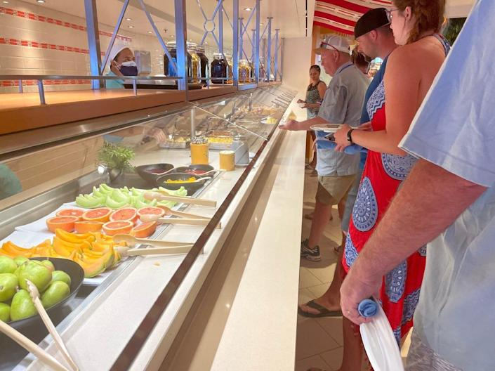 A line at the breakfast buffet.