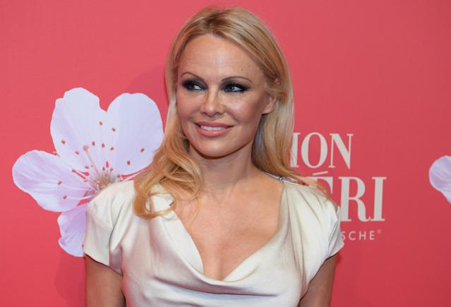Pamela Anderson at Mon Cheri Barbara day, a PR event of chocolate manufacturer Ferrero, in the old Bayerische Staatsbank, Germany. (Sven Hoppe/picture alliance via Getty Images)