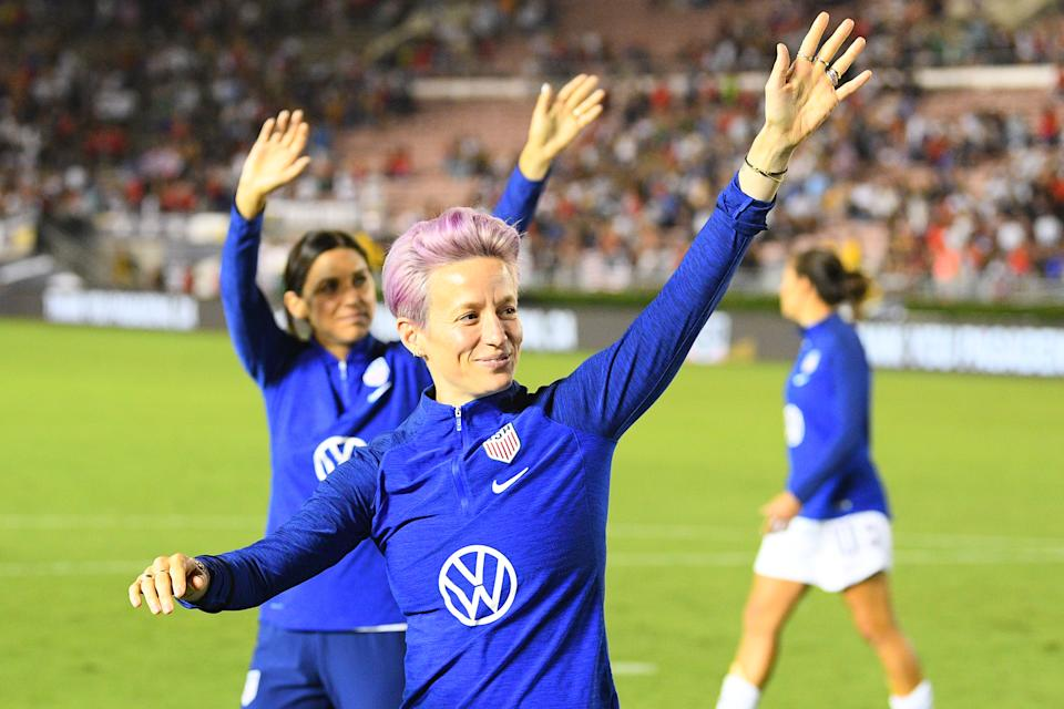 PASADENA, CA - AUGUST 03: USA forward Megan Rapinoe (15) and USA forward Alex Morgan (13) wave to the crowd after the USA Victory Tour match between the United States of America and the Republic of Ireland on August 3, 2019 at the Rose Bowl in Pasadena, CA (Photo by Brian Rothmuller/Icon Sportswire via Getty Images)