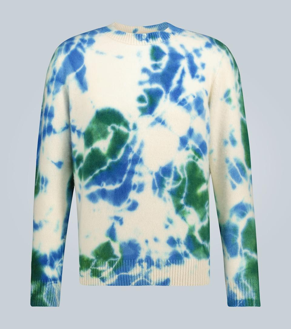 """<br><br><strong>The Elder Statesman</strong> Tie-Dye Cashmere Sweater, $, available at <a href=""""https://go.skimresources.com/?id=30283X879131&url=https%3A%2F%2Fwww.mytheresa.com%2Fen-us%2Fthe-elder-statesman-tie-dye-cashmere-sweater-1440390.html"""" rel=""""nofollow noopener"""" target=""""_blank"""" data-ylk=""""slk:mytheresa"""" class=""""link rapid-noclick-resp"""">mytheresa</a>"""