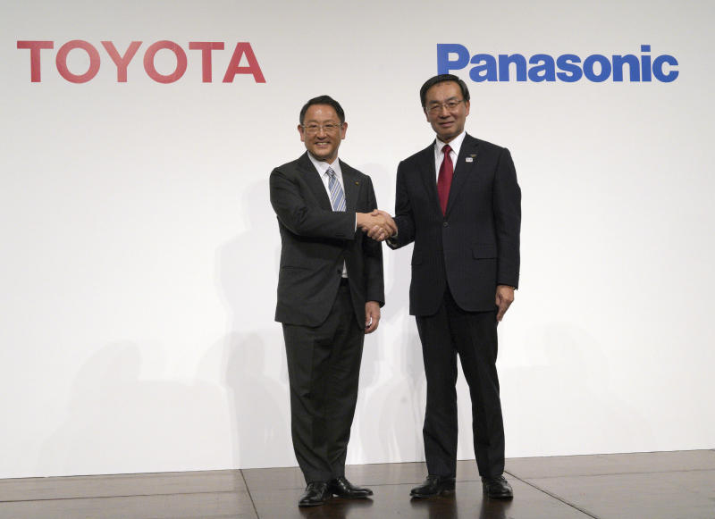 Toyota teams up with Panasonic to build electric vehicle batteries