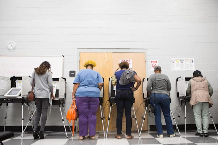 Voters cast ballots during the early voting period in Atlanta last month. (Photo: Jessica McGowan/Getty Images)