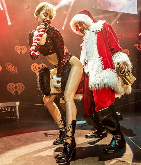 Miley Cyrus Twerks on Santa Claus at 2013 Jingle Ball: Picture