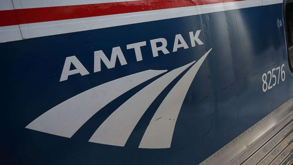 2 struck and killed by Amtrak train outside Washington, DC (ABC News)