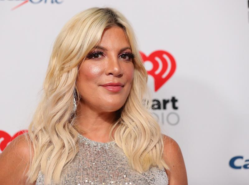 LAS VEGAS, NEVADA - SEPTEMBER 20: Tori Spelling attends the 2019 iHeartRadio Music Festival at T-Mobile Arena on September 20, 2019 in Las Vegas, Nevada. (Photo by JB Lacroix/WireImage)