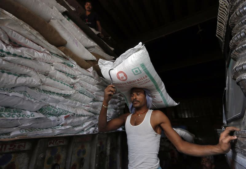 India's sugar production to stay higher, surplus looms