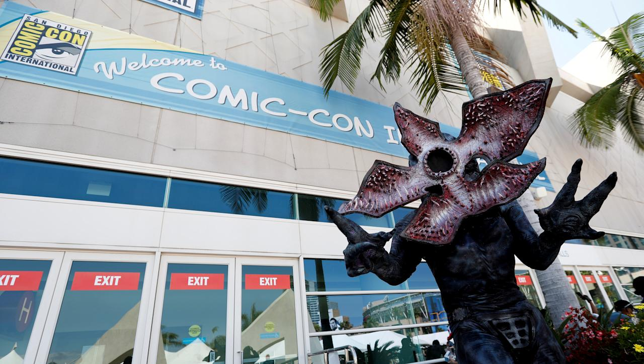 """FILE PHOTO: David Schoelen poses dressed like the character of Demogorgon from """"Stranger Things"""" during the 2017 Comic-Con International Convention in San Diego, California, U.S., July 20, 2017.   REUTERS/Mario Anzuoni/File Photo"""