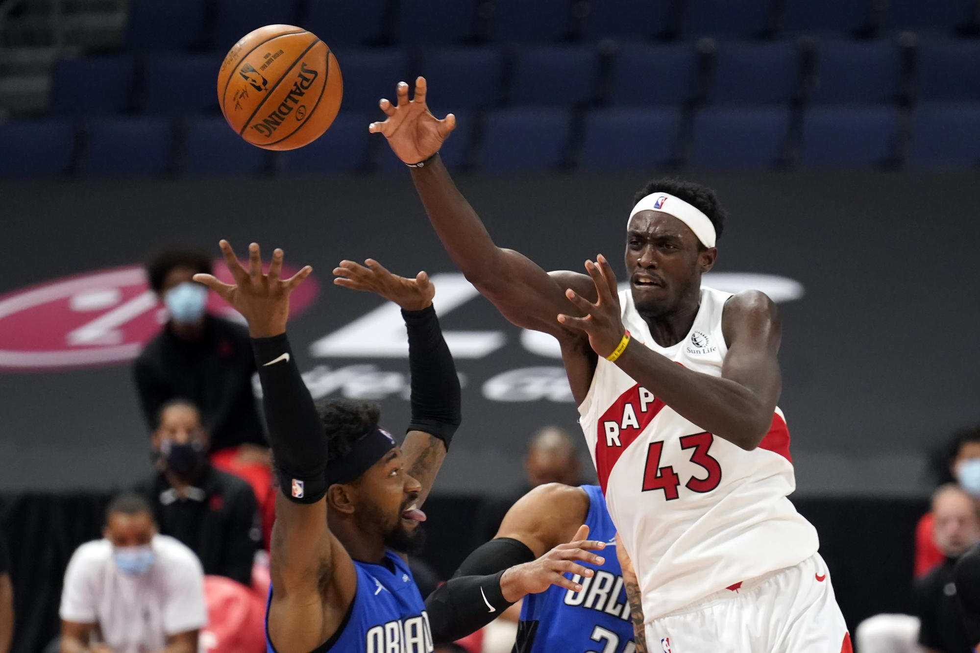 Raptors snap 3-game losing streak, beat Magic 115-102