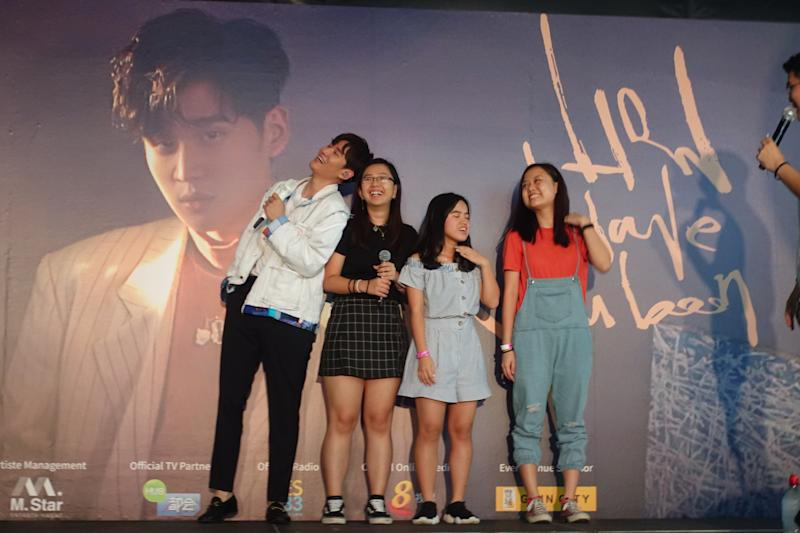 Taiwanese Mandopop singer-songwriter Eric Chou at a fan meeting in Singapore at Gain City's Sungei Kadut Megastore on 30 November 2019. (PHOTO: Sheila Chiang for Yahoo Lifestyle)