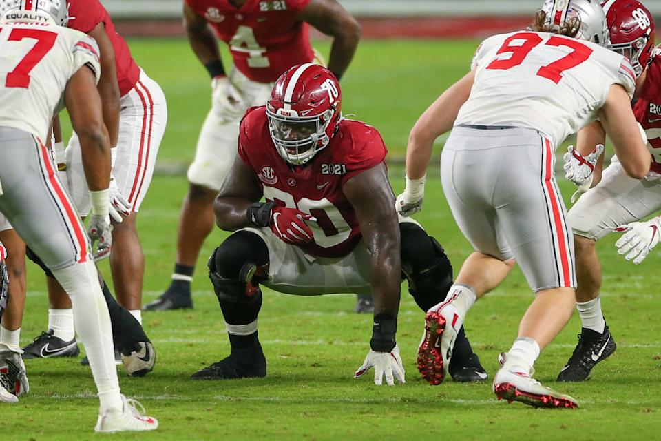 MIAMI GARDENS, FL - JANUARY 11: Alabama Crimson Tide offensive lineman Alex Leatherwood (70) during the CFP National Championship game between the Alabama Crimson Tide and the Ohio State Buckeyes on January 11, 2021 at Hard Rock Stadium in Miami Gardens, Fl. (Photo by David Rosenblum/Icon Sportswire via Getty Images)