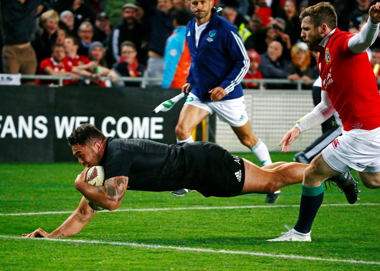 Rugby Union - New Zealand All Blacks v British and Irish Lions - Lions Tour - Eden Park, Auckland, New Zealand - June 24, 2017. New Zealand's Codie Taylor in action scoring the first try. REUTERS/David Gray     TPX IMAGES OF THE DAY