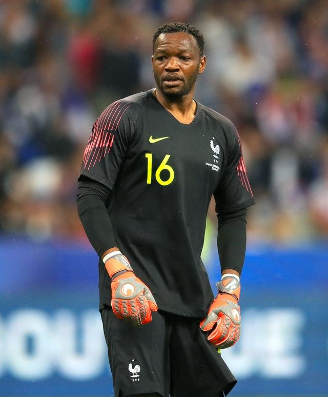 Steve Mandanda can play no part in France's upcoming Nations League matches