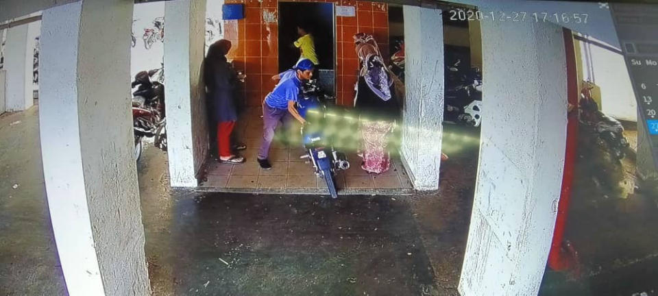 Kuantan Municipal Council is urging the residents of the PPR to take better care of their facilities after a man was caught transporting his motorcycle using the flat's lift. — Picture courtesy of Facebook/Majlis Perbandaran Kuantan