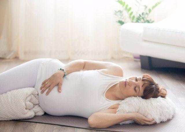 The Right Sleeping Position During Pregnancy - Take This Advice to Get Some Sleep!