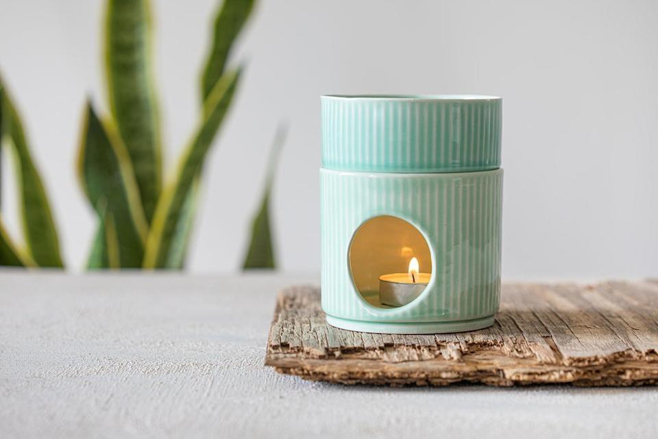 <p>This handmade turquoise <span>Candle Warmer</span> ($48) makes such a special gift.</p>