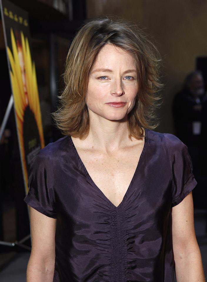 """<a href=""""http://movies.yahoo.com/movie/contributor/1800012541"""">Jodie Foster</a> at the Los Angeles premiere of <a href=""""http://movies.yahoo.com/movie/1809912209/info"""">Phoebe in Wonderland</a> - 03/01/2009"""