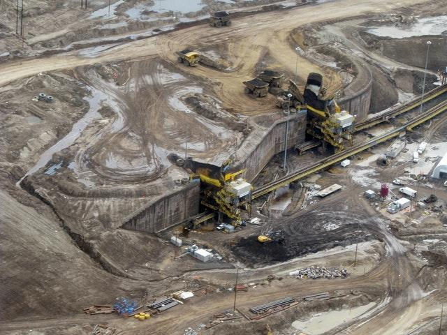 Canadian tar sands controversy