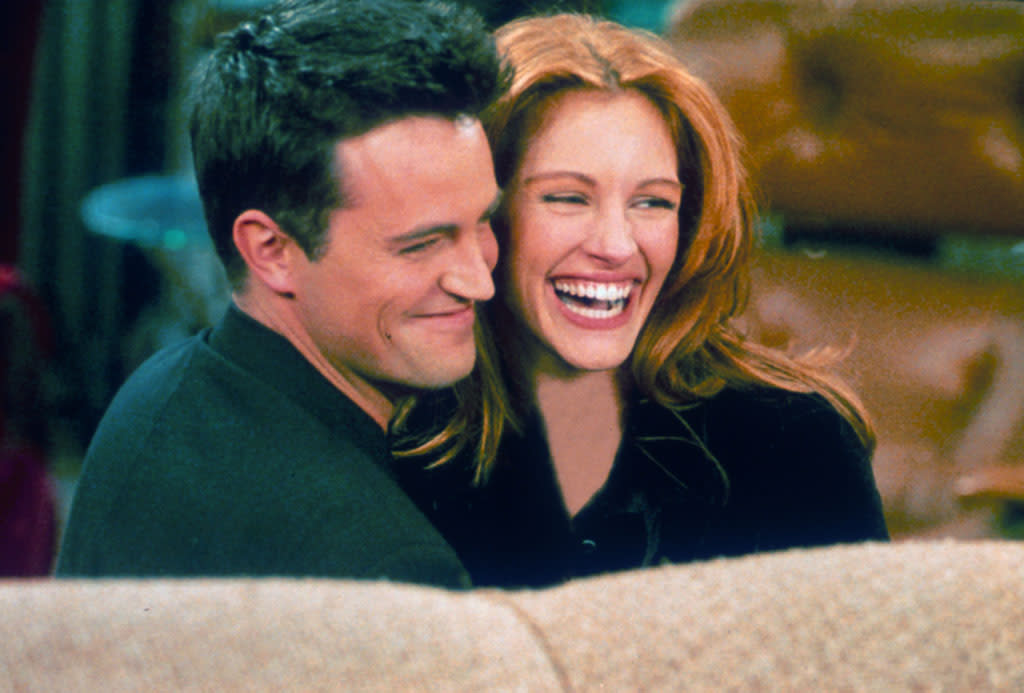 "After guest starring on a 1996 episode of the hit sitcom ""Friends,"" Julia Roberts became more than friends with the show's star Matthew Perry. Though the couple's spokespeople would only confirm the two went on a few dates at the time, the casual relationship surely brought in bigger ratings for Julia's episode!"
