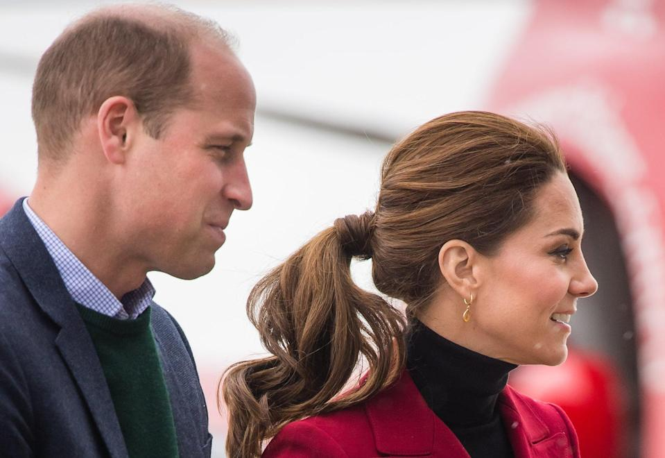 <p>Now this is how a <i>duchess</i> does a ponytail: Volume to the crown, a piece of hair wrapped around the band, the ends nicely curled, and there you have it. </p>