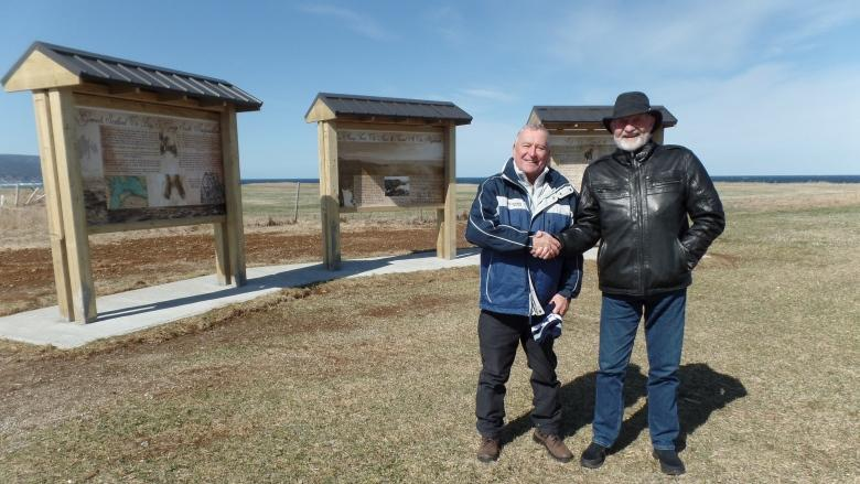 Stowaways thrown off ship near N.L. remembered by descendants 150 years later