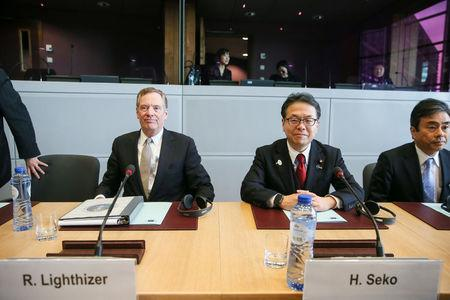 U.S. Trade Representative Robert Lighthizer (L) and Japan's Minister of Economy, Trade and Industry Hiroshige Seko take part in a meeting with European Trade Commissioner Cecilia Malmstrom to discuss steel overcapacity, in Brussels, Belgium March 10, 2018. REUTERS/Stephanie Lecocq/Pool