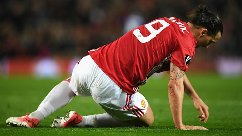 Ibrahimovic, Rojo injuries look bad - Mourinho
