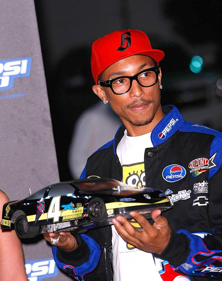 """Cohost and N.E.R.D. frontman Pharrell Williams definitely makes glasses sexy! Michael Buckner/<a href=""""http://www.wireimage.com"""" target=""""new"""">WireImage.com</a> - August 27, 2008"""